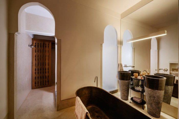 stile marocchino interni e bagno   Riad Living 72 Marrakesh
