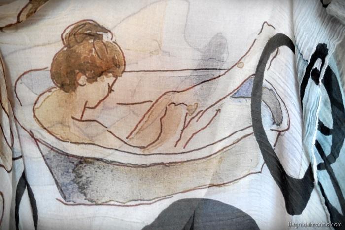 Foulard con decori in tema bagno