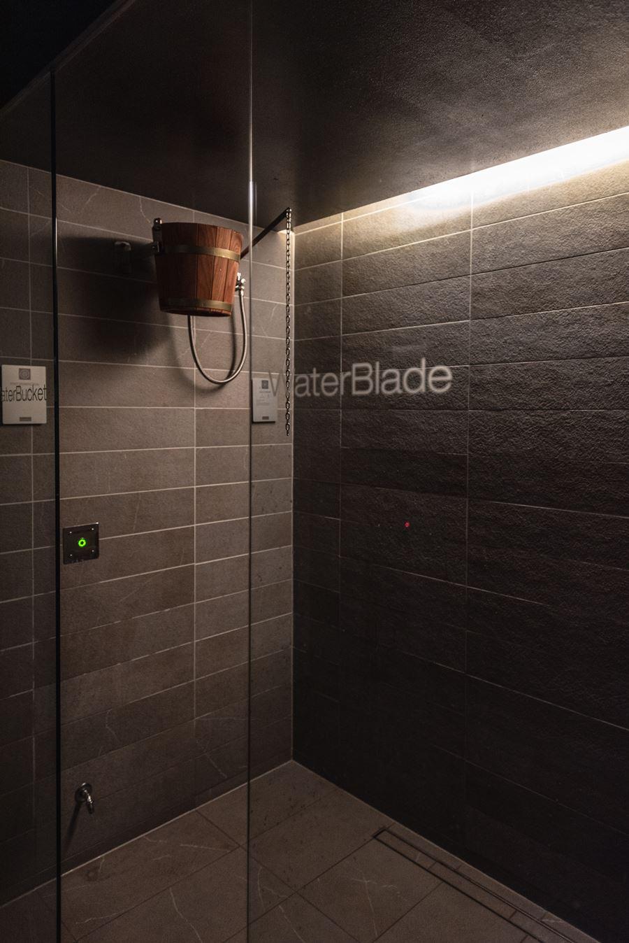 doccia con ghiaccio dopo la sauna - attrezzature spa professionali Starpool