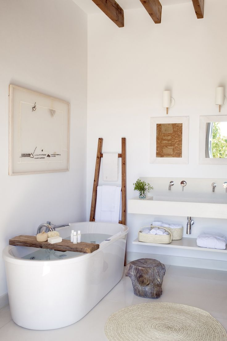 bagno di una villa al mare a Maiorca
