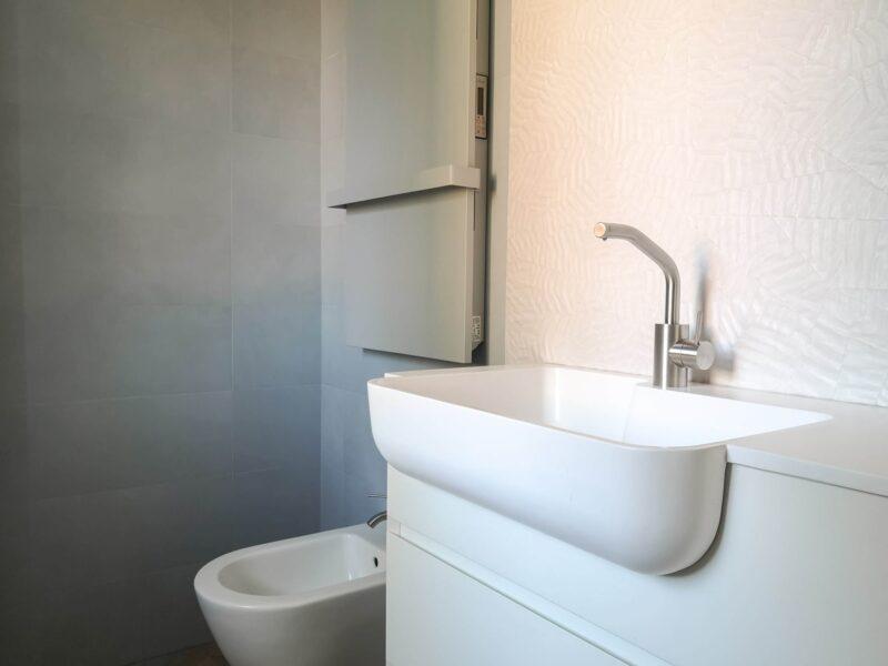 mobile da bagno poco profondo