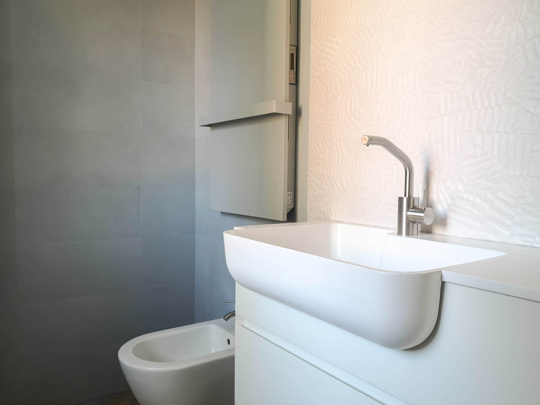 Scegliere Il Mobile In Un Bagno Piccolo Besidebathrooms