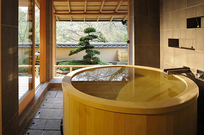 Vasca Da Bagno Stile Giapponese : Giappone i bagni zen dell hotel gôra kadan