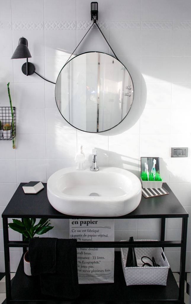 Ristrutturare il bagno 5 trucchi e soluzioni fai da te - Bagno low cost ...