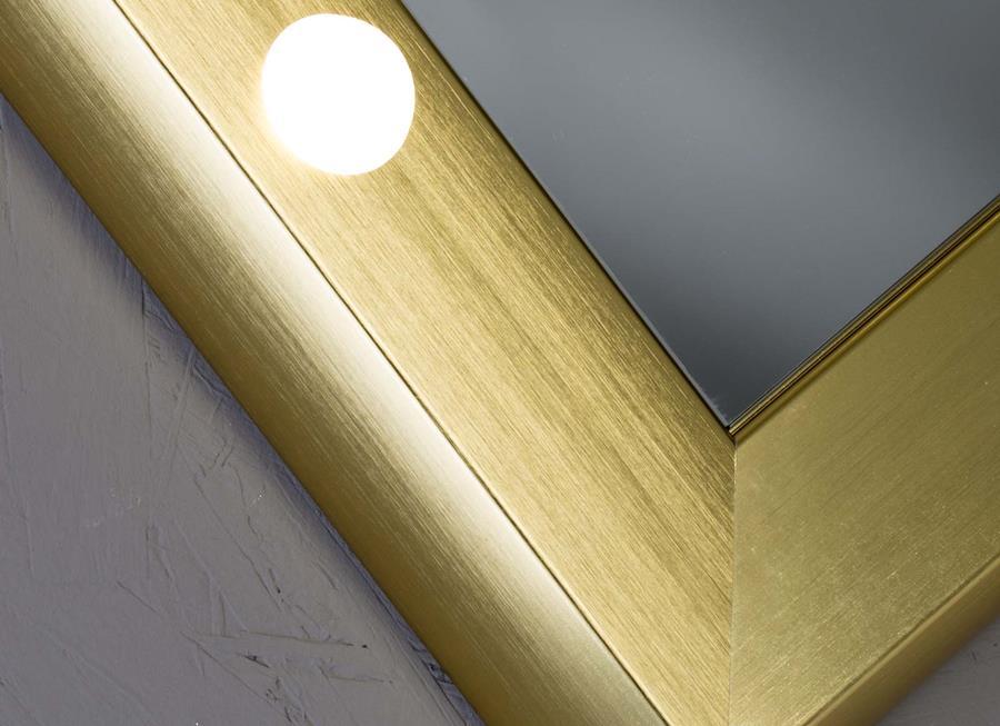 dettaglio cornice in alluminio degli specchi per bagno Cantoni